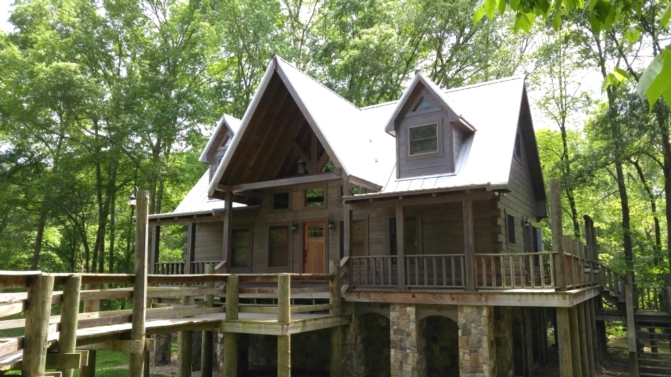 Log Home Staining Service